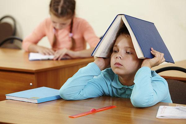 چطور با معلم کمسواد و بداخلاق کنار بیاییم؟